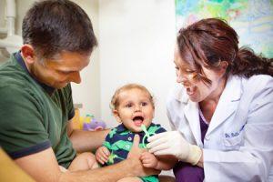 Bebé en dentista