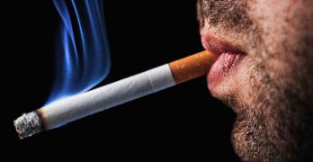 Los Implantes Dentales y el Hábito del Cigarrillo